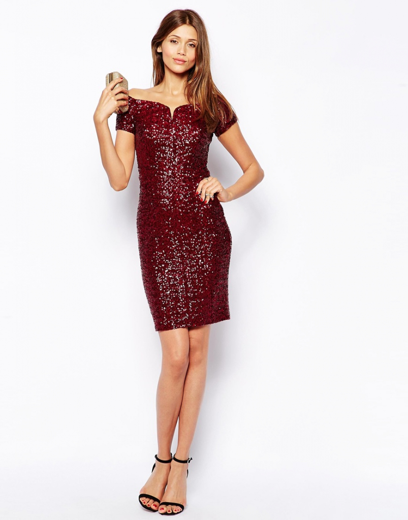 What to wear to a Christmas casino night
