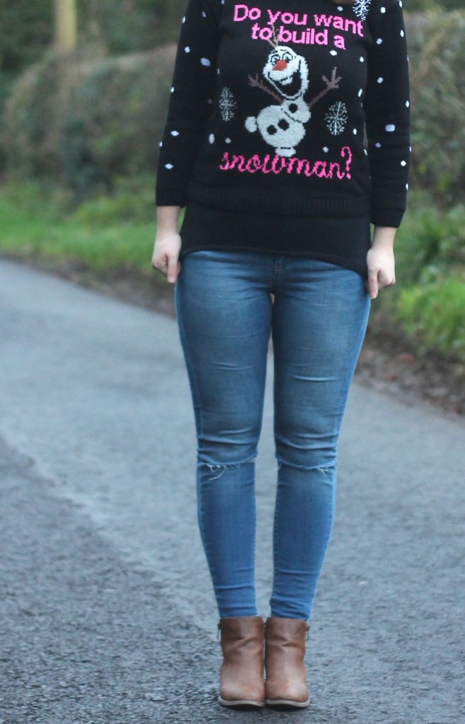 Olaf Christmas jumper with jeans
