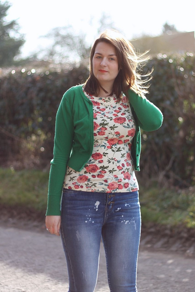 floral t shirt with jeans