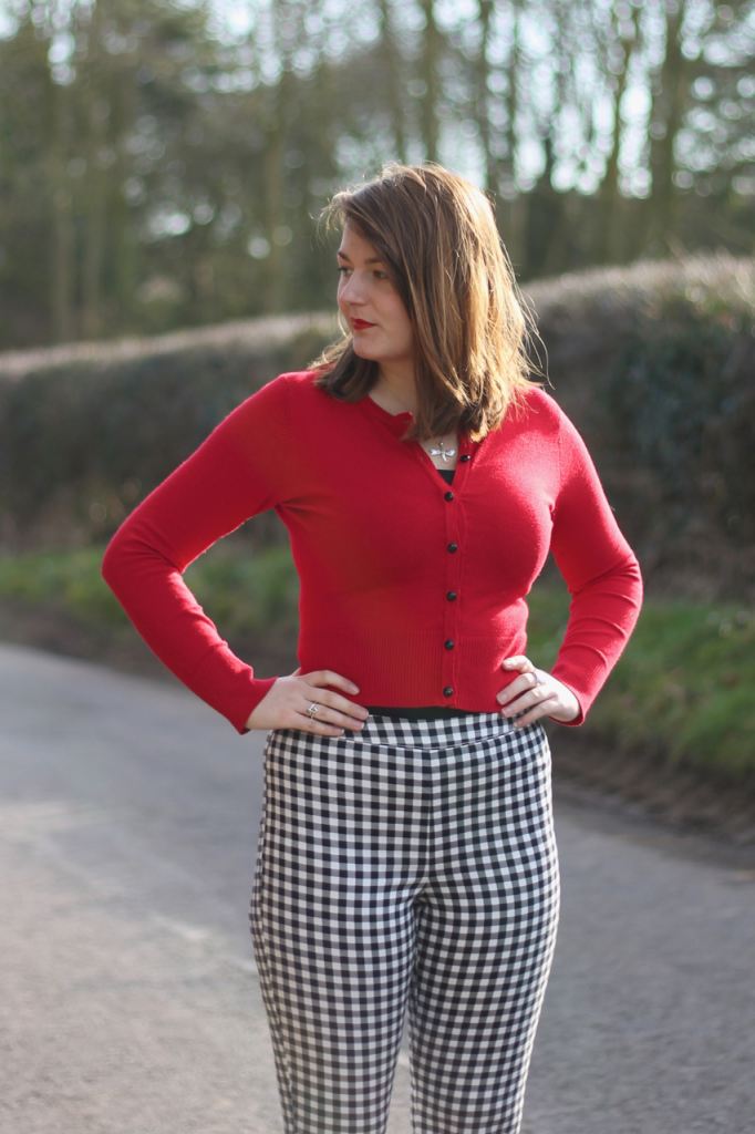 Retro red cardigan with capris