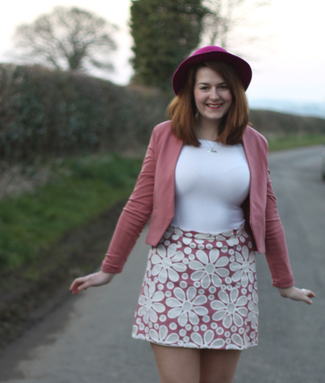 Pink 60s skirt outfit
