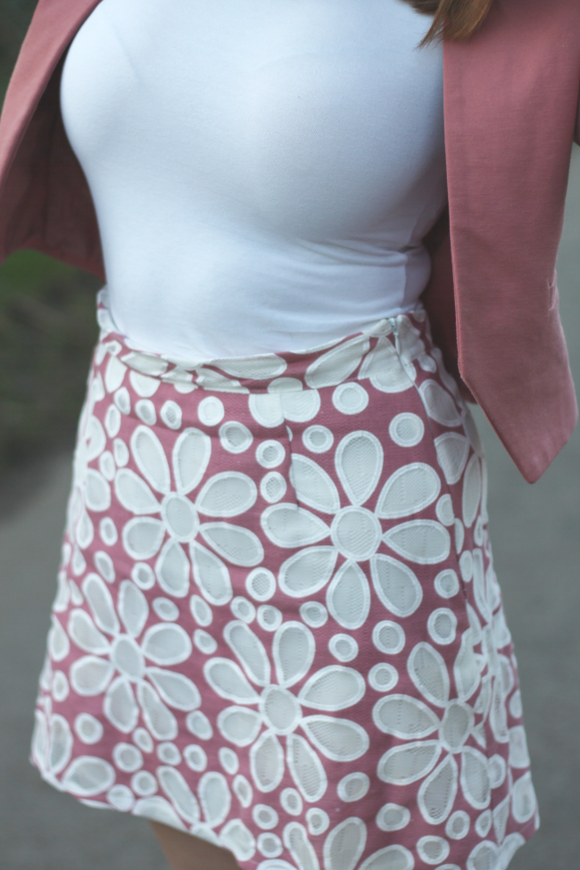 60s floral skirt outfit