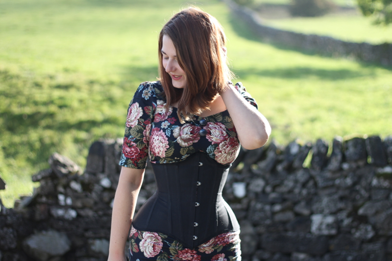 Sew Curvy corset review