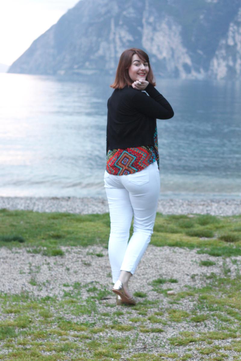 White capri trouser outfit