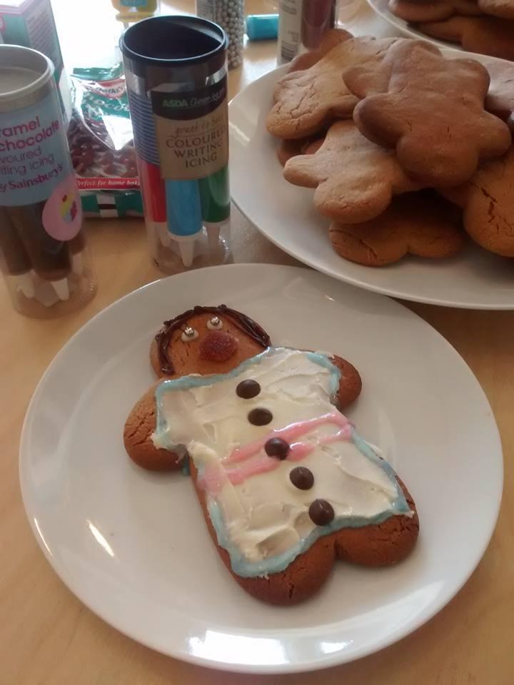 Decorate Gingerbread men Fat Friday