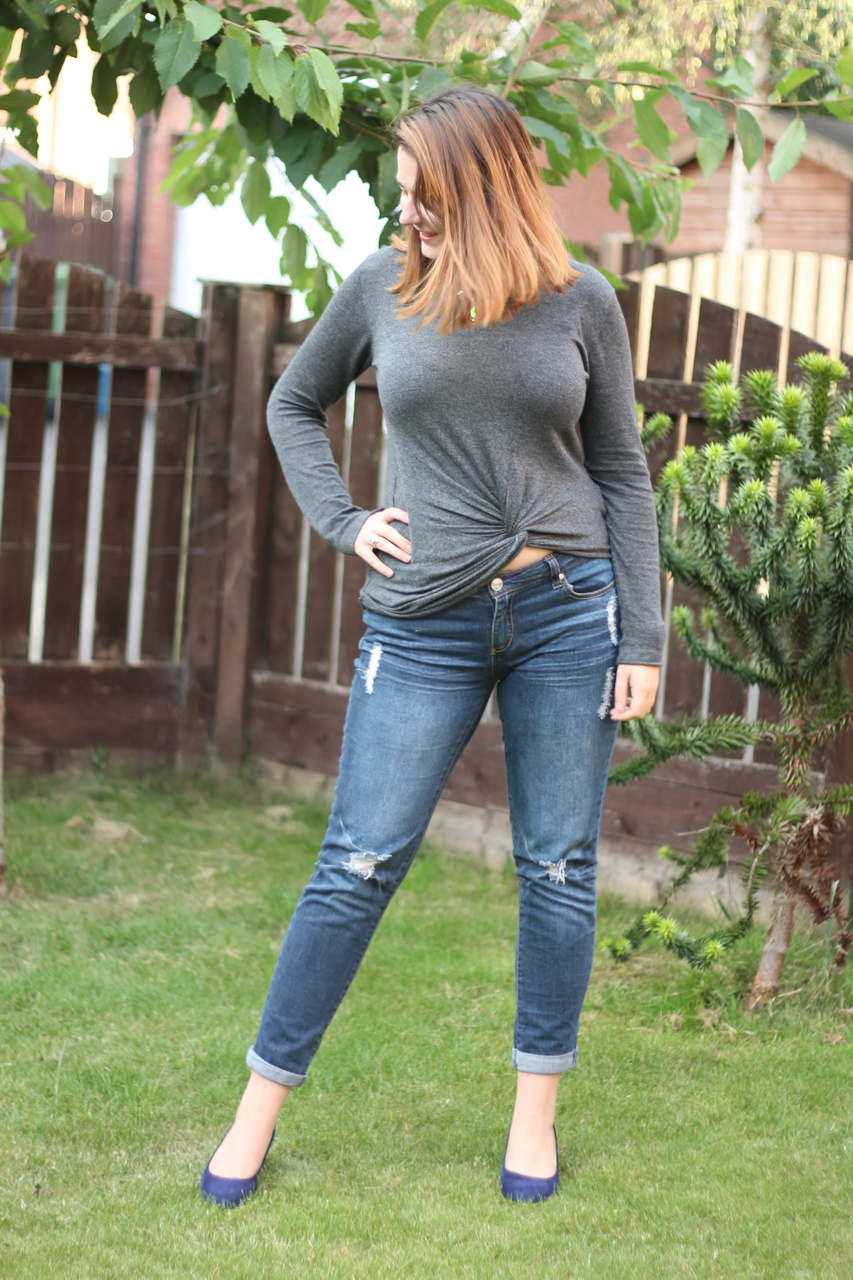 Casual jeans outfit - quarter life crisis