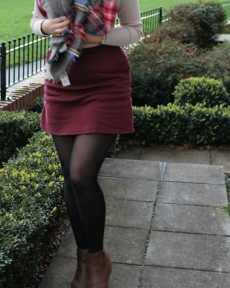 Autumn Outfit with burgundy skirt & knitwear