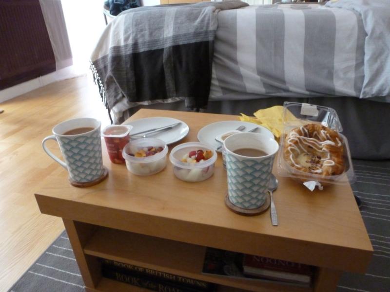 Breakfast at Airbnb in Stratford