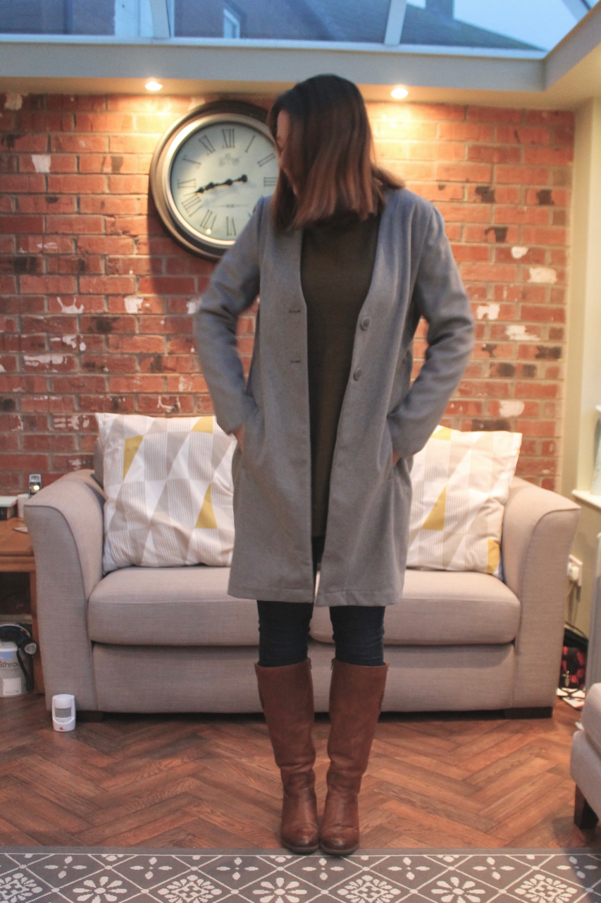 Simply Be Grey Coat with skinny jeans & boots