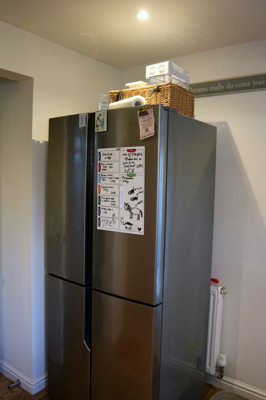 Kitchen - American fridge freezer