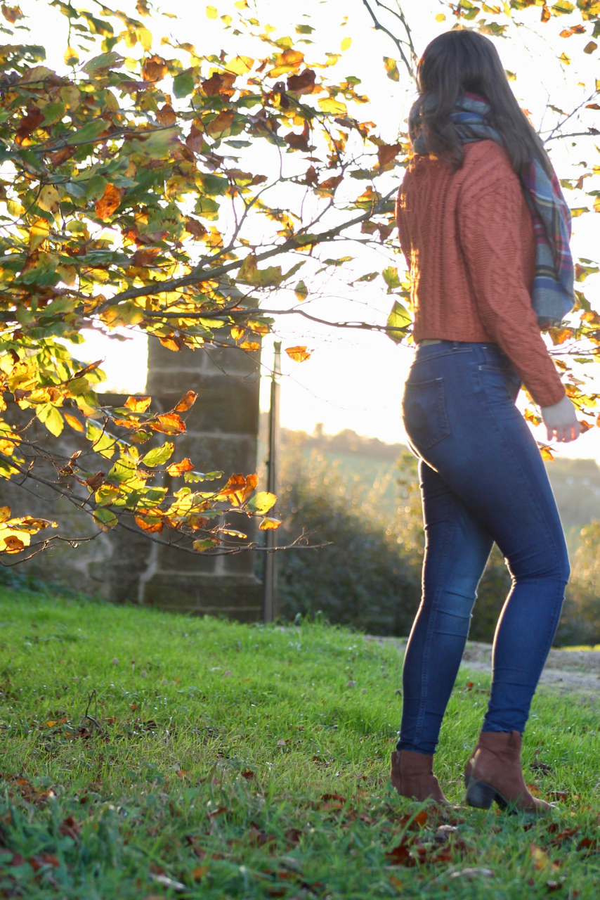 Cable knit orange jumper with jeans autumn outfit