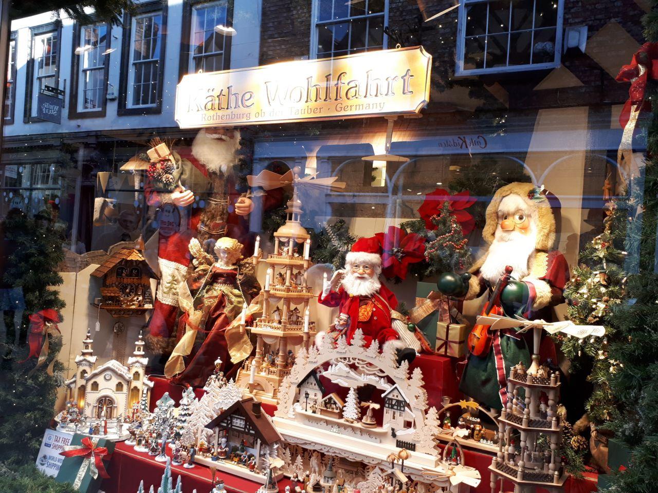 Christmas shopping in York