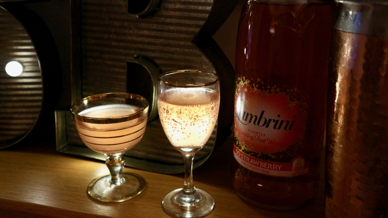Sweet Berry Sunshine Lambrini cocktail - So Strawberry Lambrini review