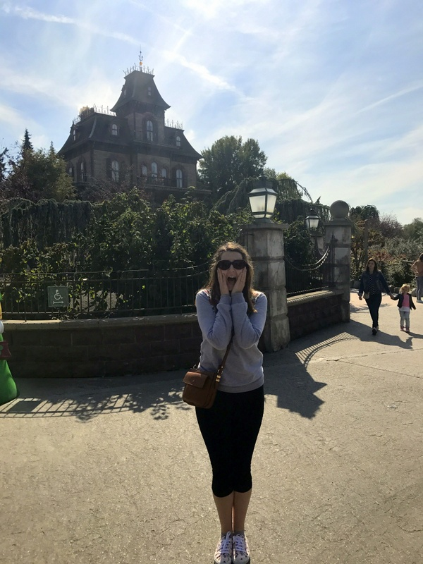Disneyland Paris outfit - Primark sweatshirt, Hell Bunny Capris & Superga trainers