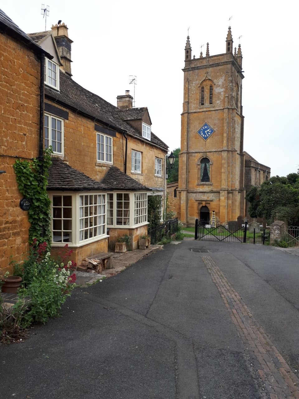 Blockley Father Brown filming location - Cotswolds minimoon