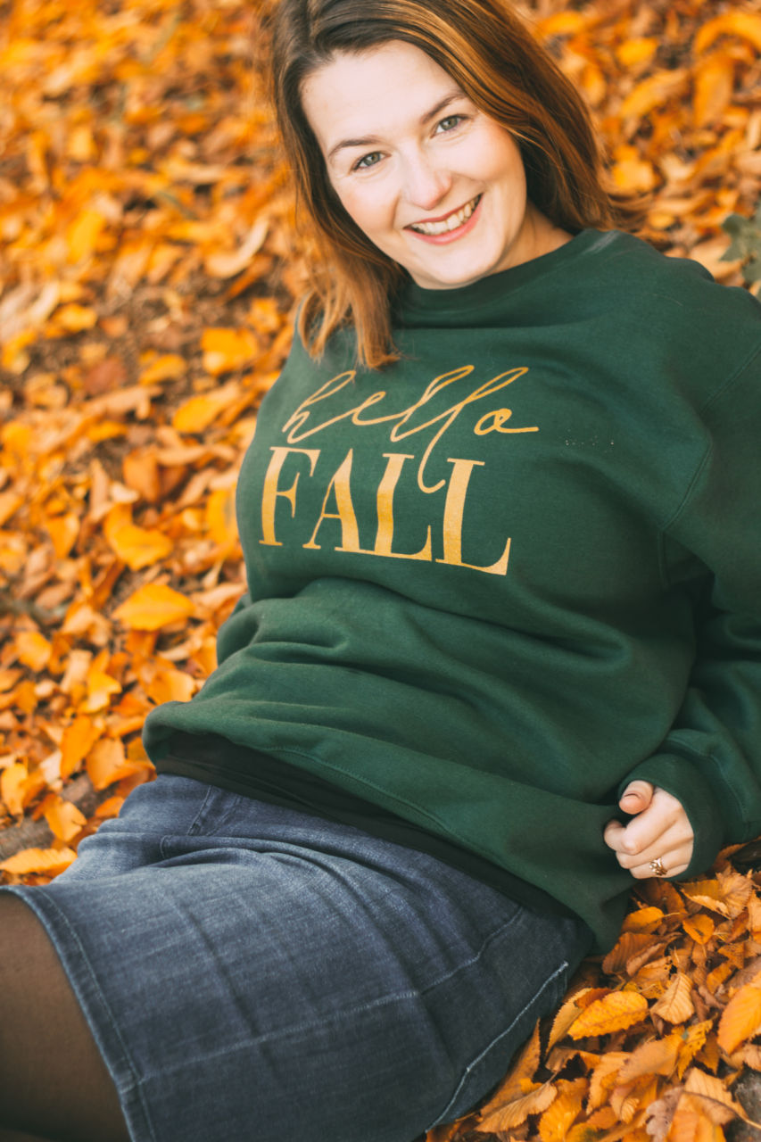 Hello Fall Blair Lamb sweatshirt maternity outfit at Castle Howard Yorkshire Arboretum
