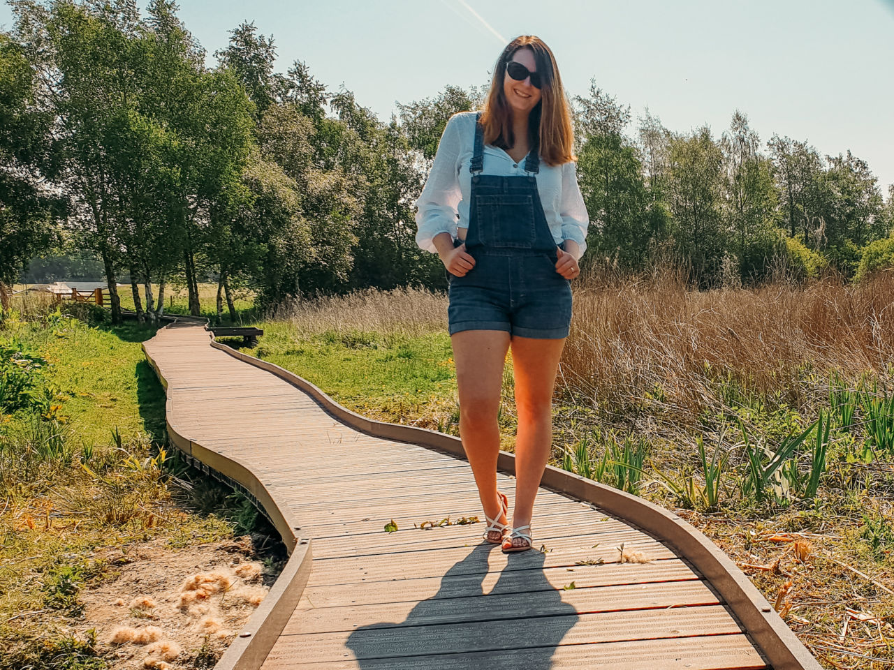 GAP dungaree shorts breastfeeding outfit